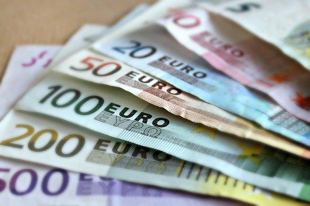 Euro bankovky detail