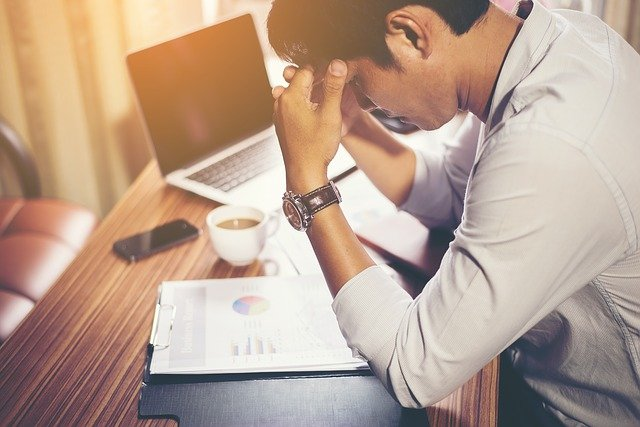 zoufalství nad prací