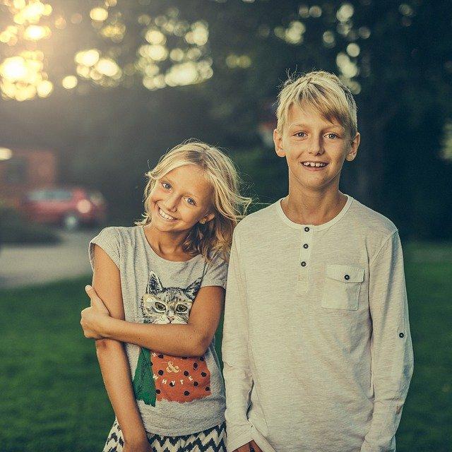 sourozenci v pubertě