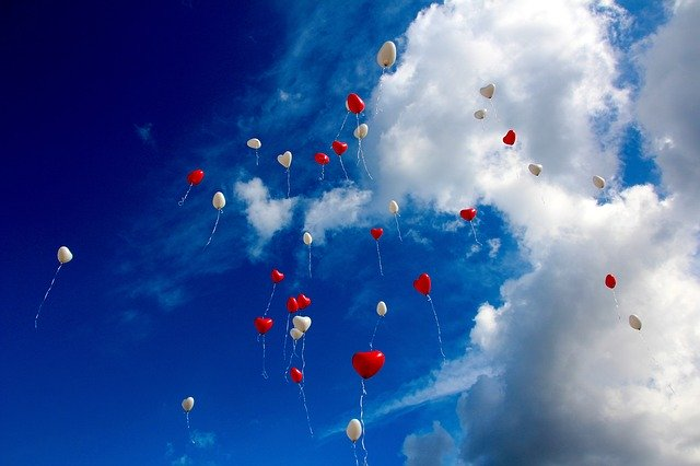 balóny ve tvaru srdce