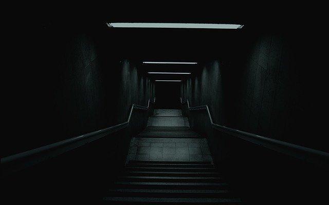 tmavá chodba.jpg